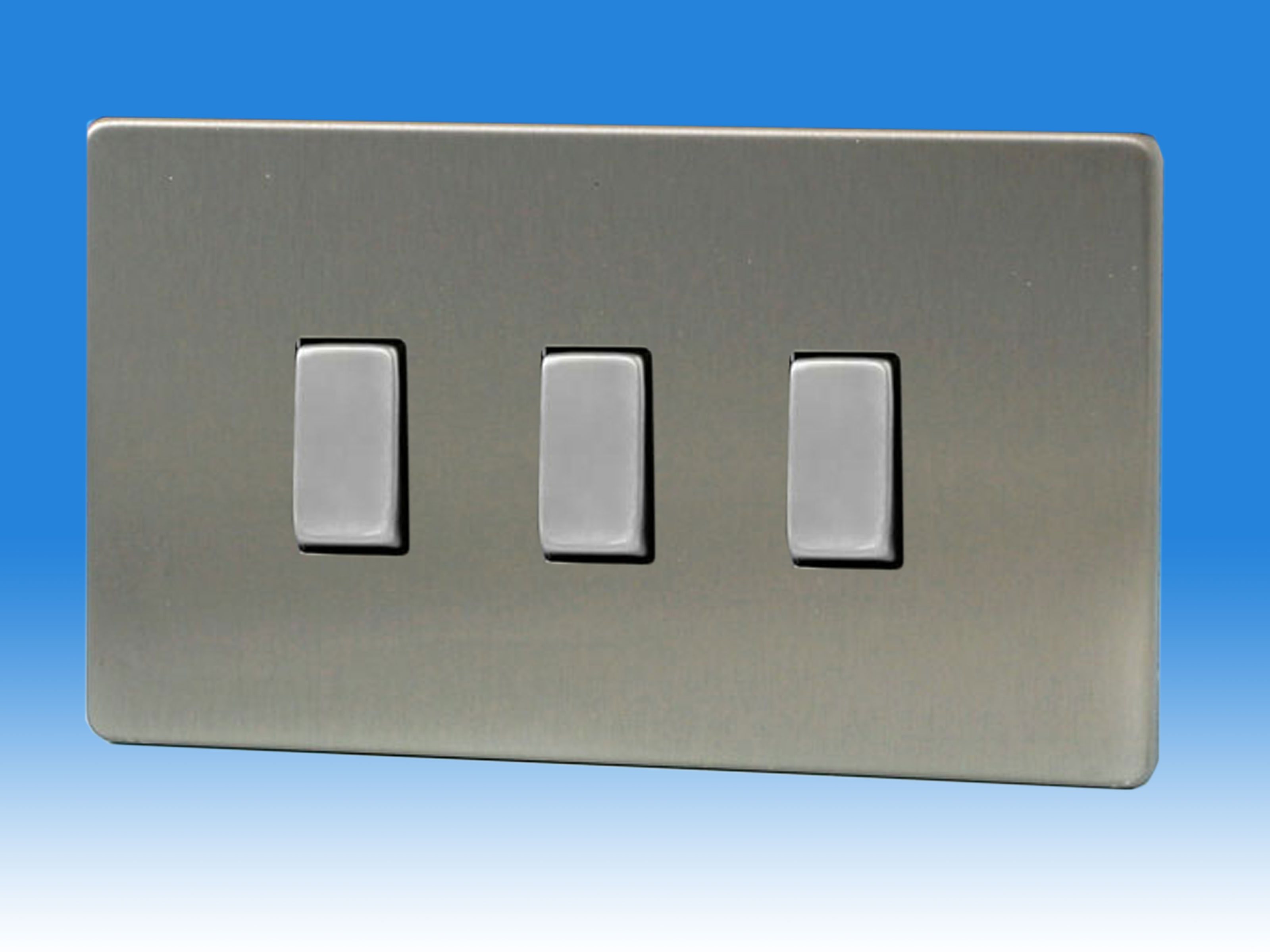 Varilight 3 Gang 1 or 2 Way 10 Amp Switch on a Double Plate ...